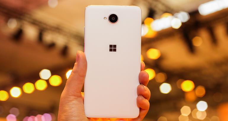 Lumia 650 back