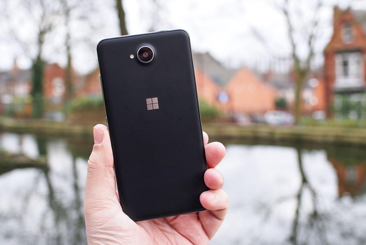 Обзор Microsoft Lumia 650 - основные особенности (5)