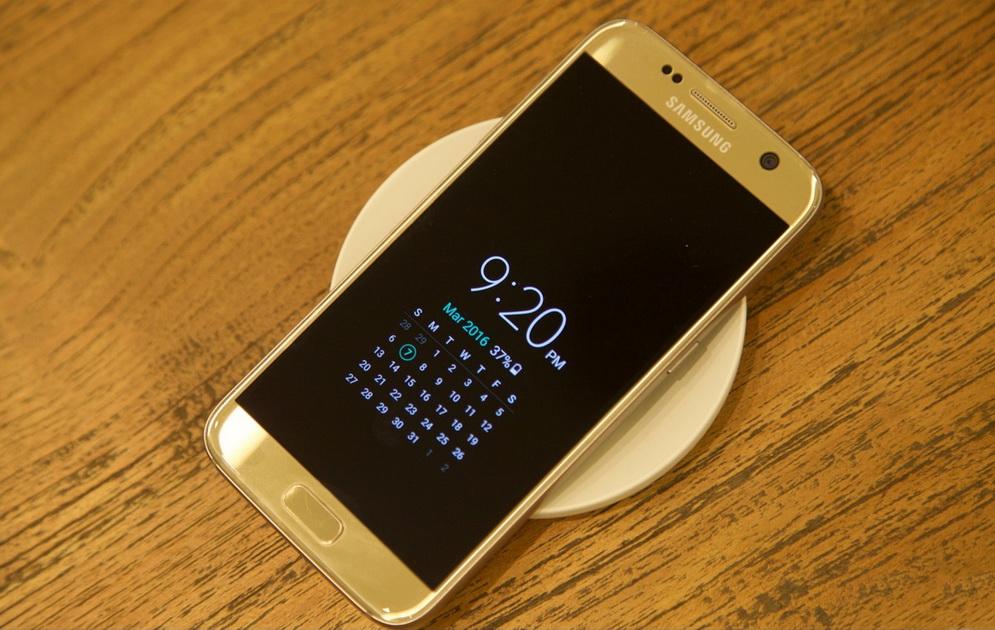 Samsung Galaxy S7-экран смартфона фото 2