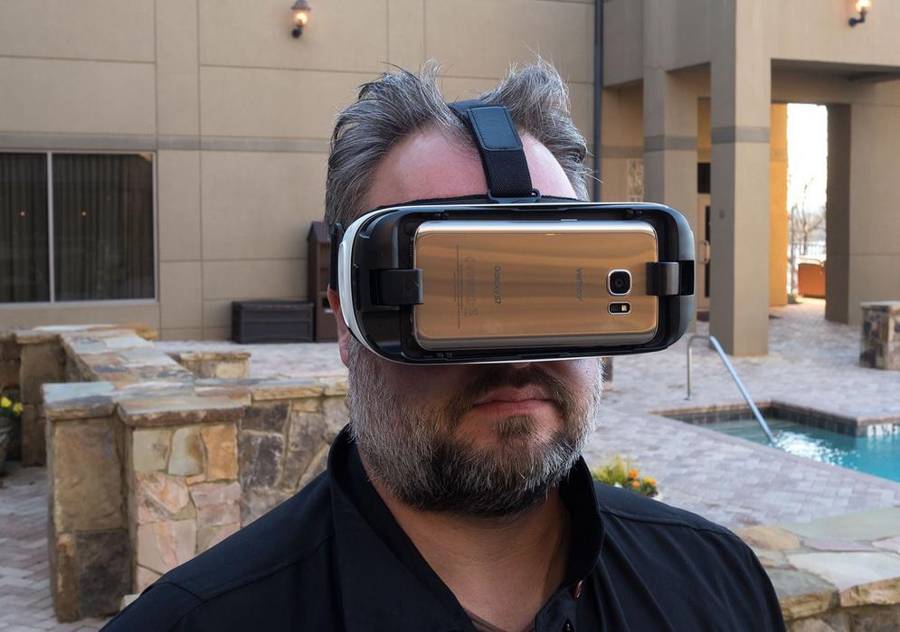 Samsung Galaxy S7 и шлем виртуальной реальности-тест