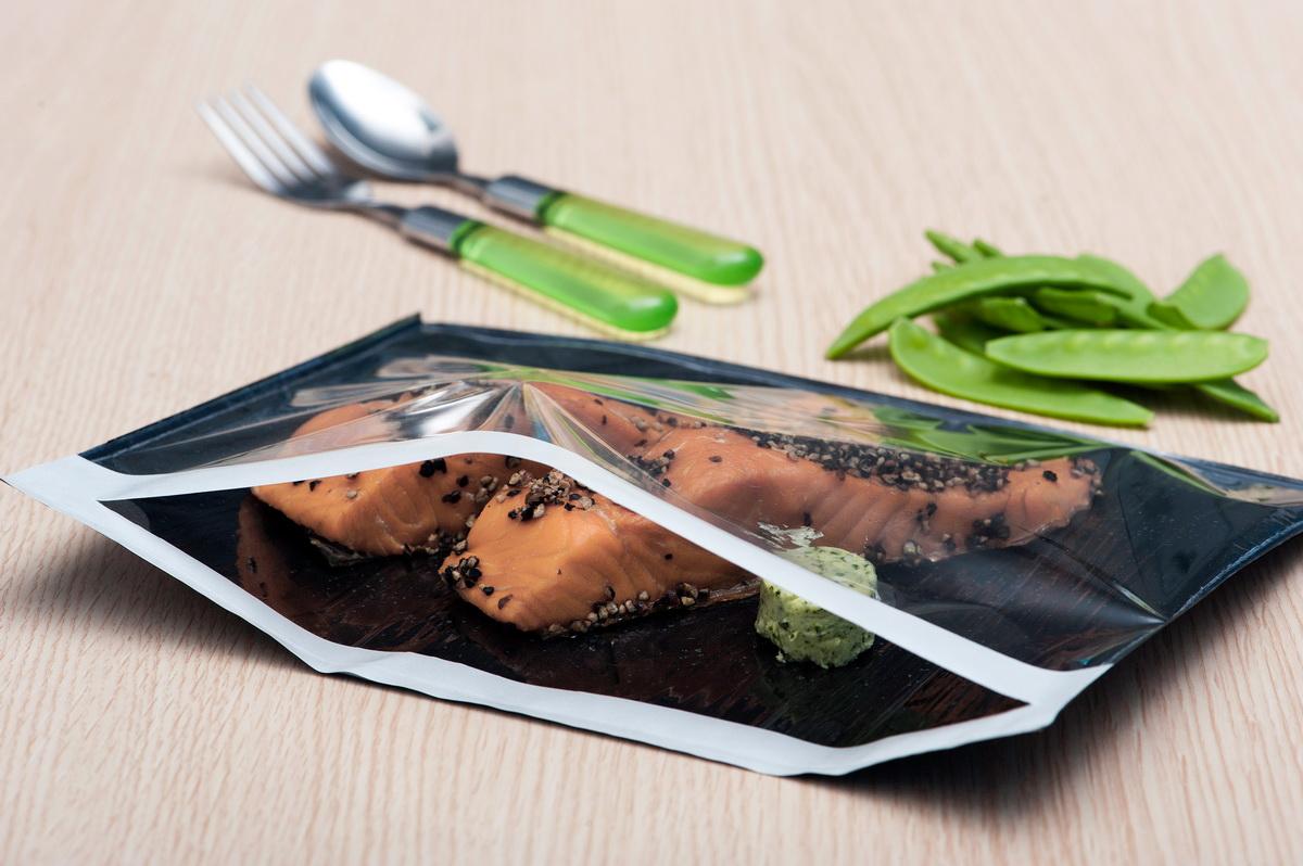 Герметичная упаковка еды-подготовительный этап