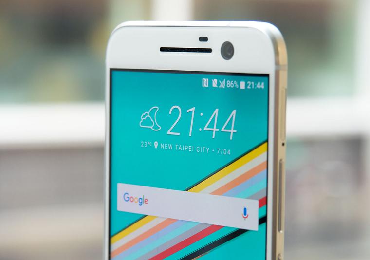 HTC 10 передняя панель 2