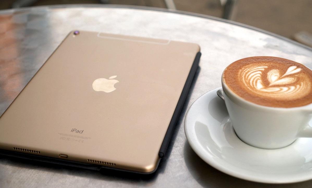 Обзор 9,7-дюймового iPad Pro - батарея