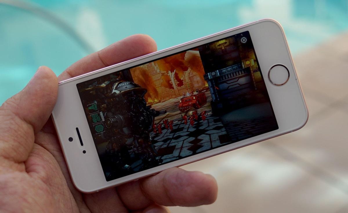 Обзор iPhone SE - операционная система