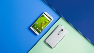 Смартфон Moto X Play – уже в продаже