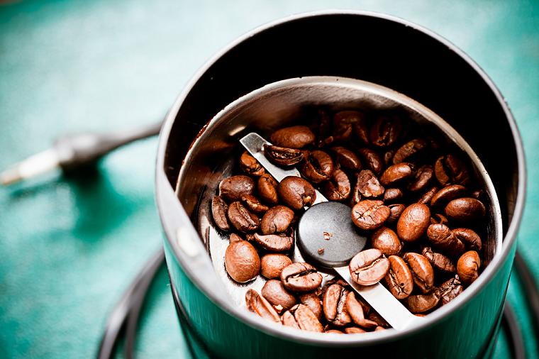 кофемолка с ножами