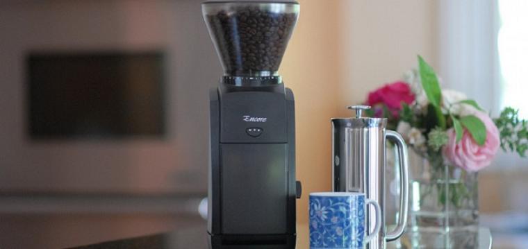 жерновая кофемолка