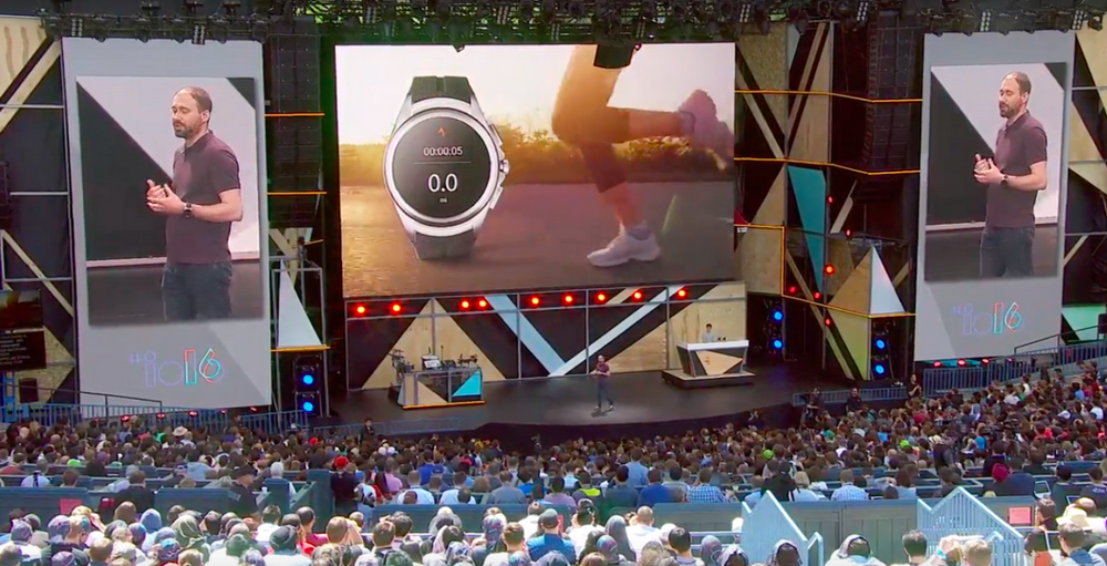 Android Wear 2.0-новая версия для умных часов фото с мероприятия