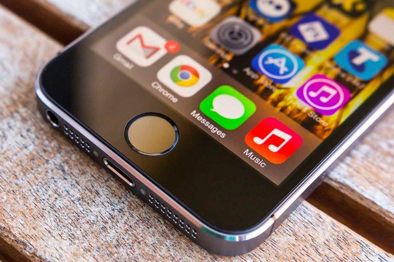 Apple iPhone-фото 2