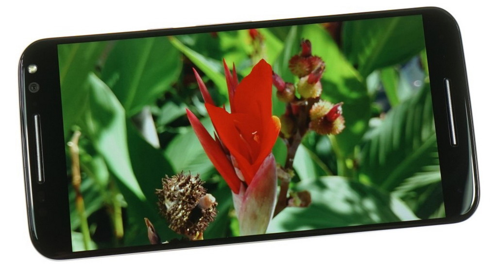 Motorola Moto X Style-экран цветопередача фото 2