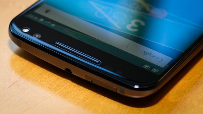 Motorola Moto X Style-эргономика верхний торец фото 1