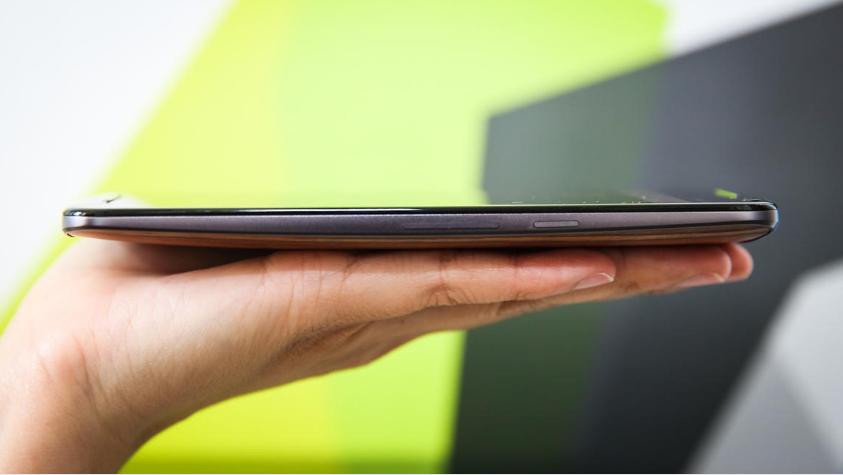 Motorola Moto X Style-толщина корпуса