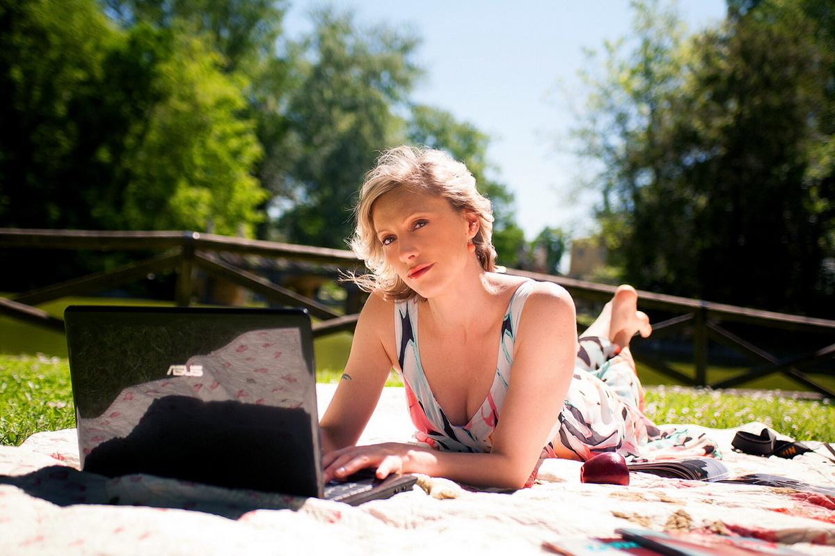 Ноутбук-на пикнике