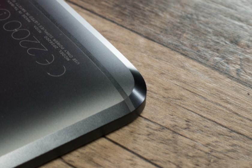 Обзор нового флагмана HTC 10 - скошенная кромка корпуса