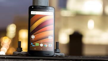 Обзор смартфона Motorola Moto X Force супердолгожитель с небьющимся