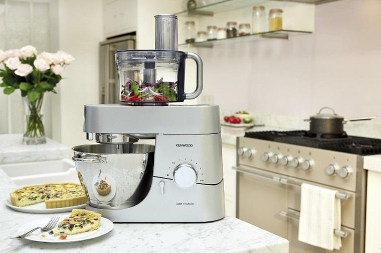 Багато функцій – один мотор. Як вибрати кухонний комбайн. | Блог Comfy