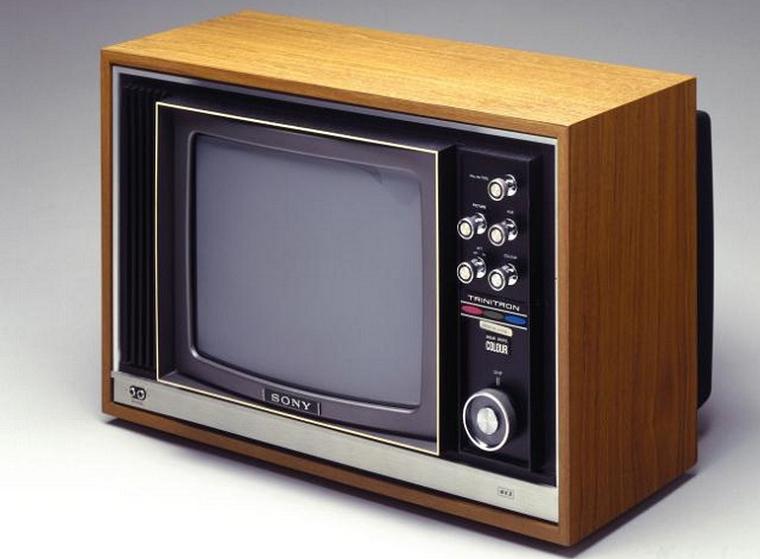 Телевизор Sony Trinitron (2 место рейтинга)