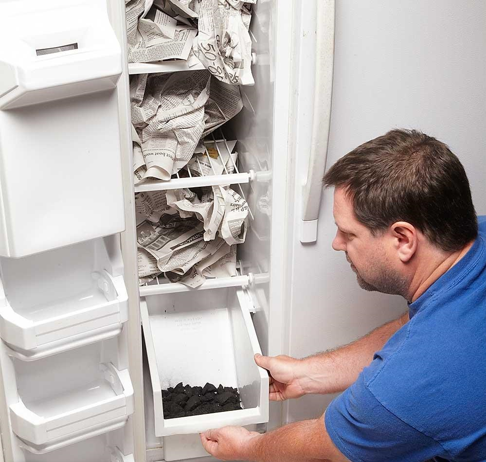 холодильник запах