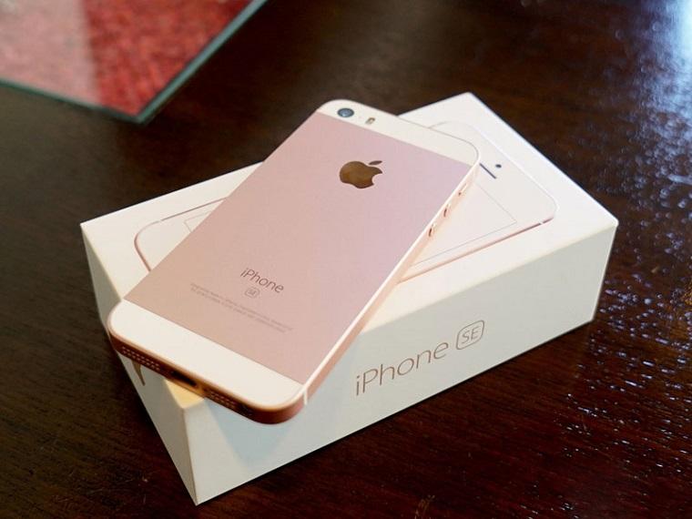 iPhone SE-бюджетный Айфон