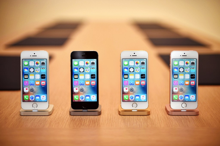 iPhone SE-экран