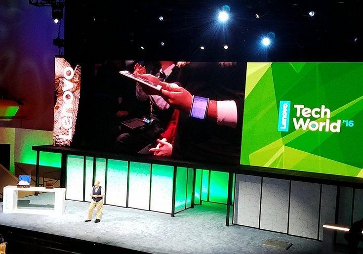 Lenovo Tech World 2016-гибкие гаджеты