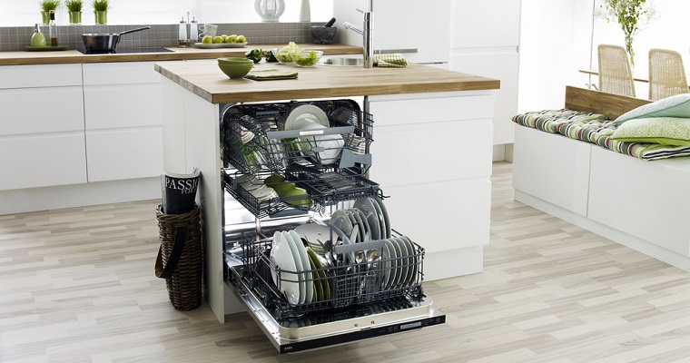 Обзор посудомоечной машины Pyramida DP 10 Premium - загруженная посудомоечная машина