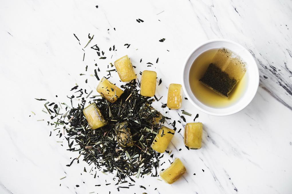 Применение формочек для льда-зеленый чай