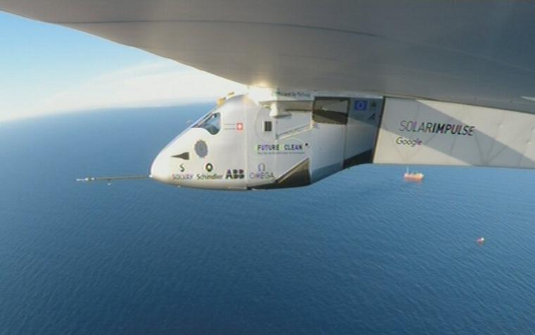 Самолет Solar
