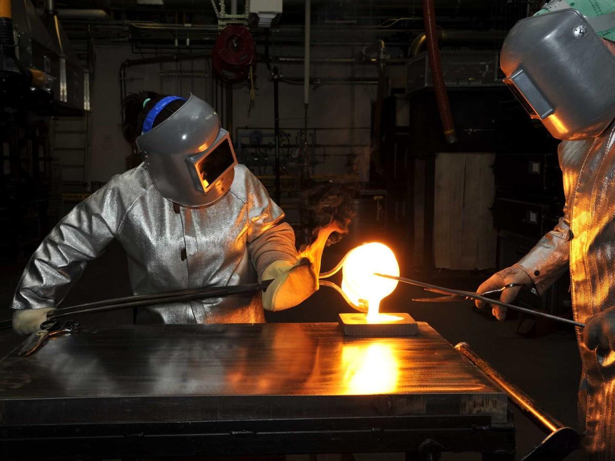 Все что нужно знать о Corning Gorilla Glass - Эволюция