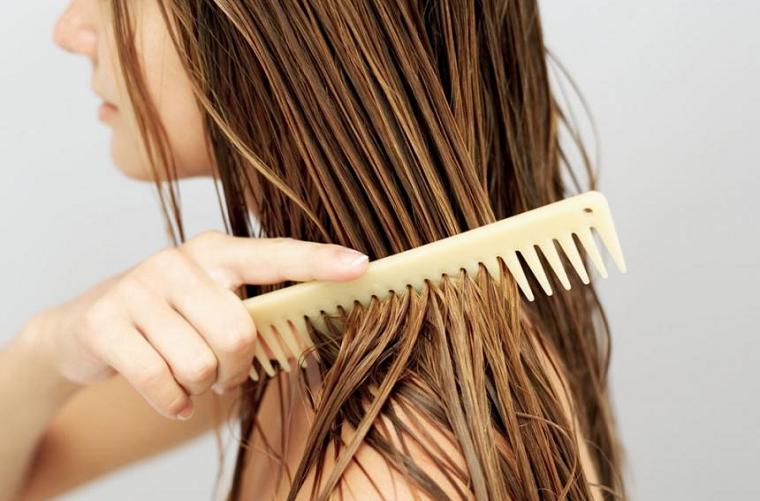 сушить волосы