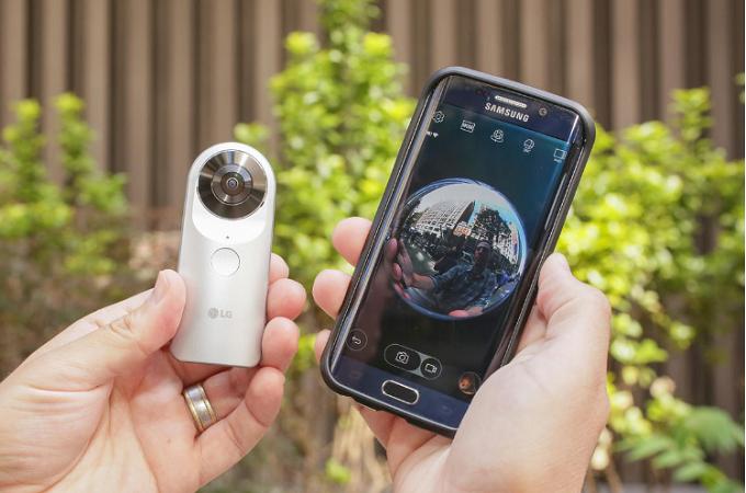 LG 360 CAM даже с iPhone или iPad.