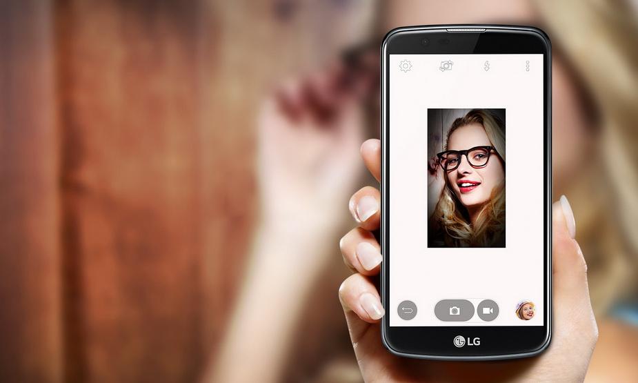 LG K10 LTE-Съемка селфи Вспышка