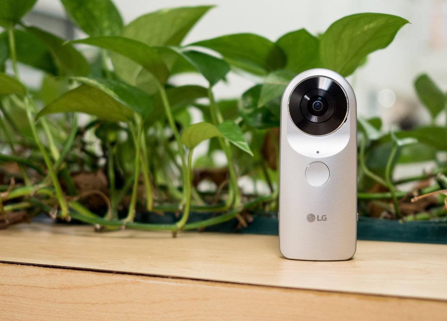 Обзор современной функциональной камеры LG 360 CAM - главное фото