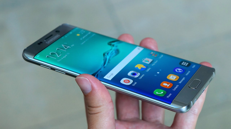 Папка «Фото», Самые интересные смартфоны от компании Samsung - Samsung Galaxy S6 Edge +