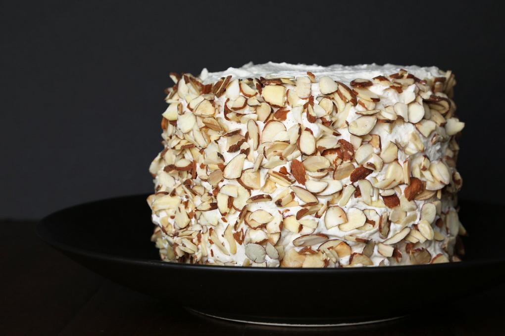 Торт из арбуза с миндальными хлопьями-приготовление фото 5