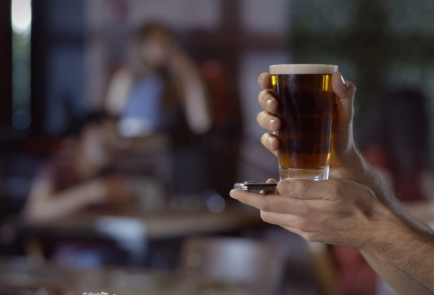 Умные стаканы Glassify навсегда изменят походы в бар - главное фото