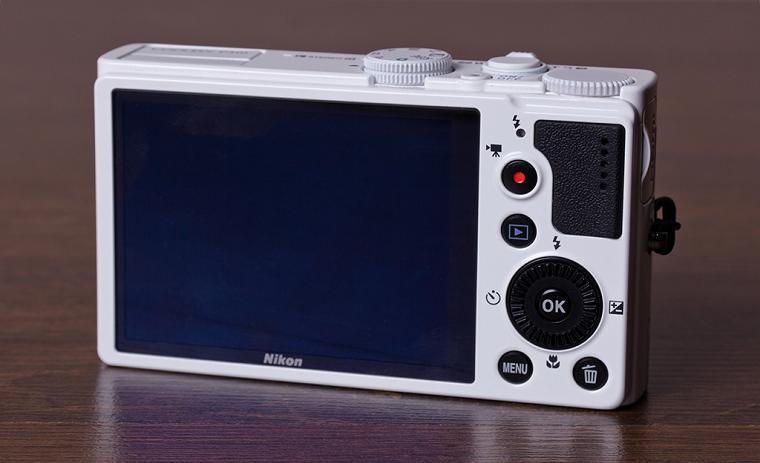 компактные фотоаппараты.