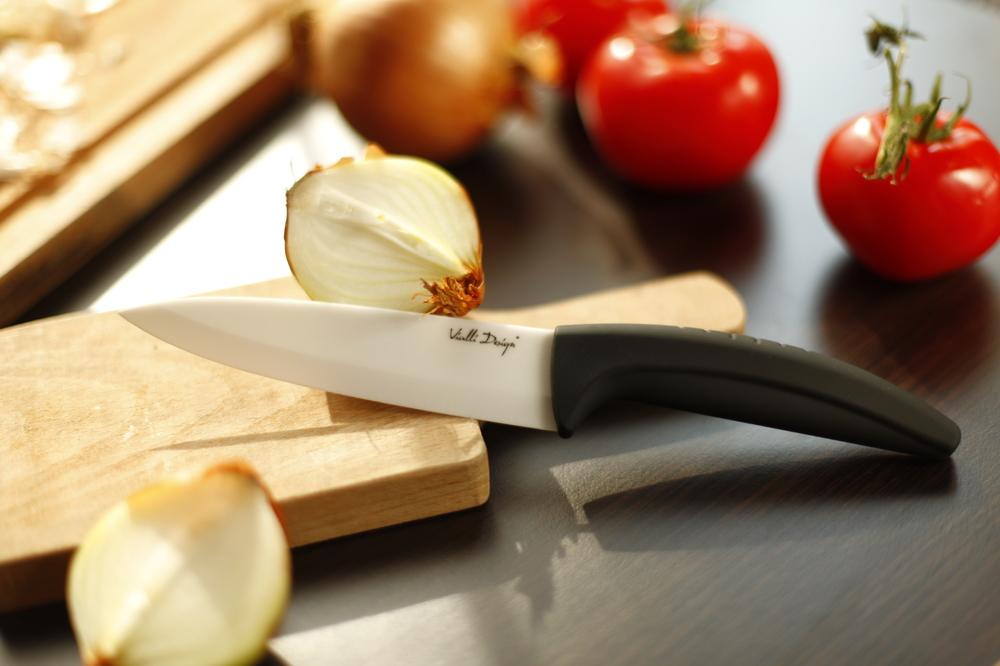 Белый керамический нож-4 Работа