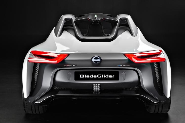 Nissan BladeGlider. электромобиль с уникальной конструкцией - фото 4