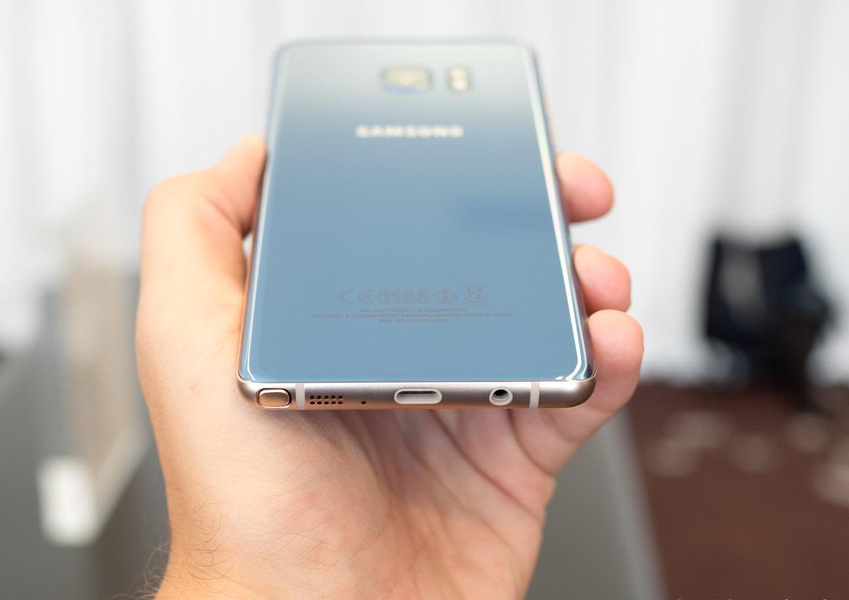 Предварительный обзор Samsung Galaxy Note 7 - разъем USB Type-C