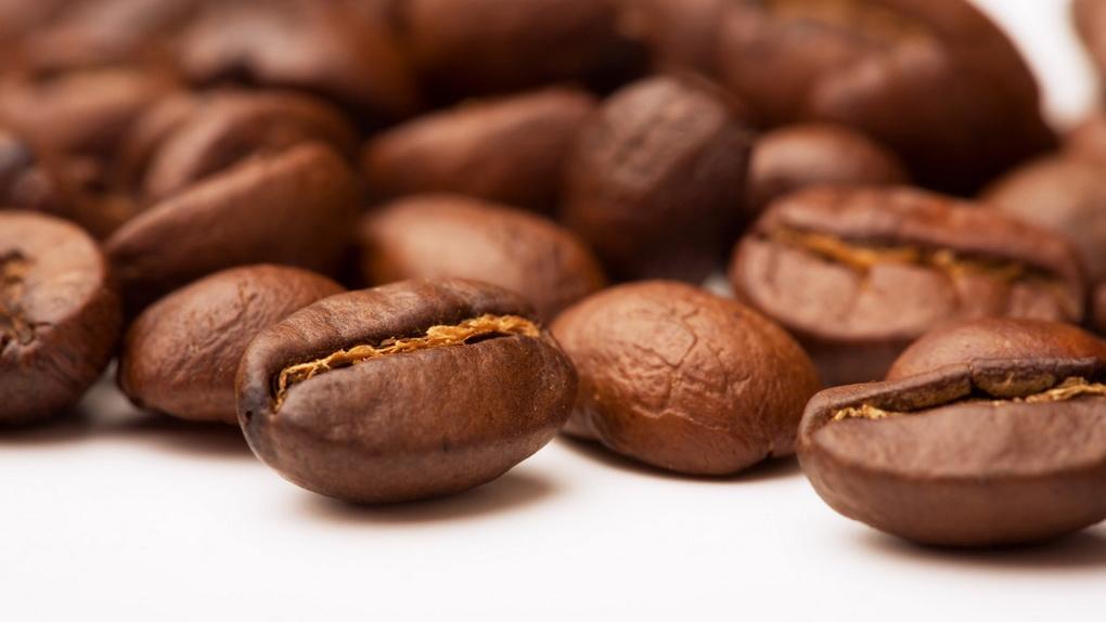 Зерна кофе-крупным планом фото 2