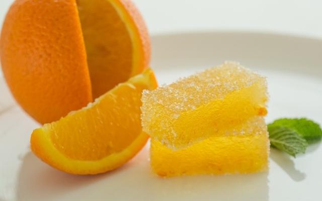 domashnijj-marmelad-iz-apelsina-podacha-deserta