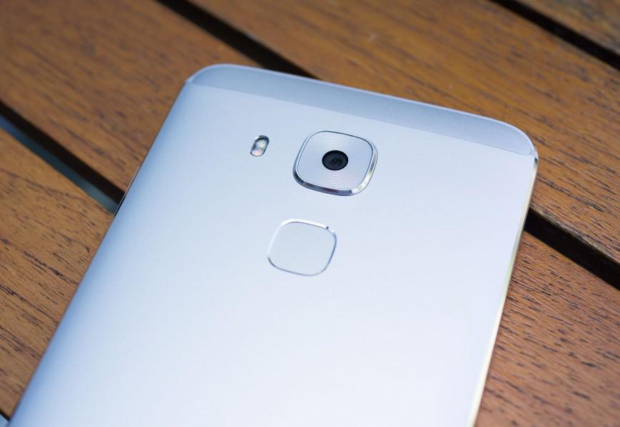 Huawei Nova Plus-основная камера