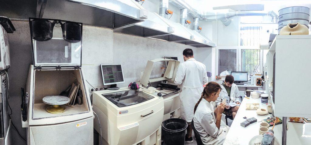 kwambio-fabrika-3d-pechati-iz-metalla-i-keramiki-polnyjj-cikl