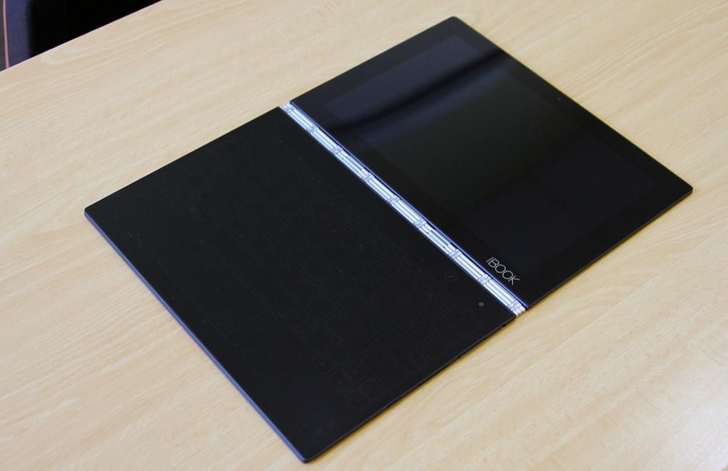 Lenovo YOGA BOOK-в разложенном виде