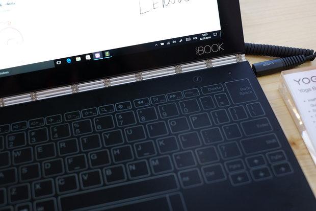 Lenovo YogaBook-сенсорная панель