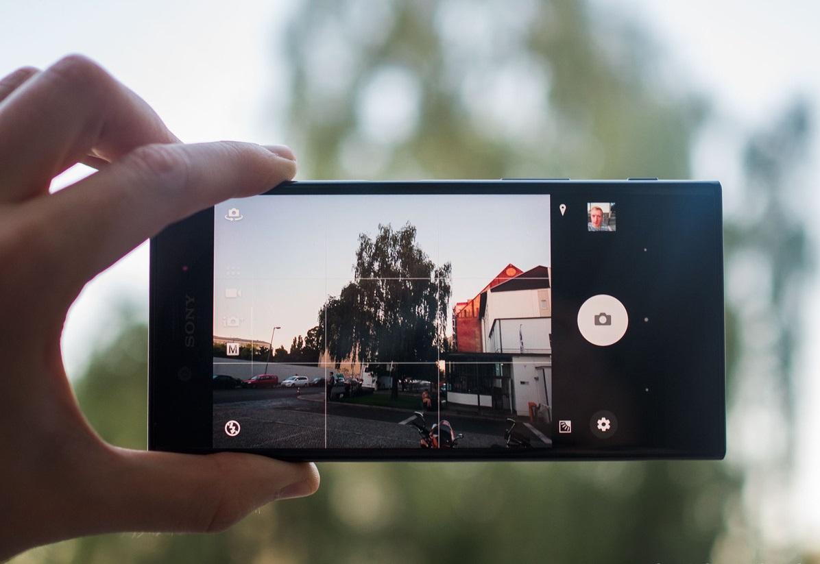 obzor-smartfona-sony-xperia-xz-vozvrashhenie-flagmana-kamery-2