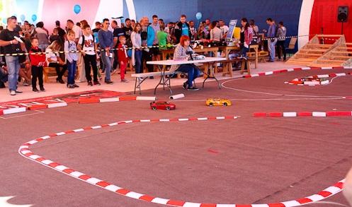 v-dnepre-proshel-festival-innovacionnykh-tekhnologijj-interpipe-techfest-drift-cup-2