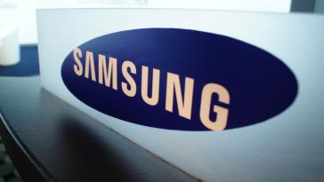В сеть утекли фото не анонсированного смартфона Samsung Galaxy A8