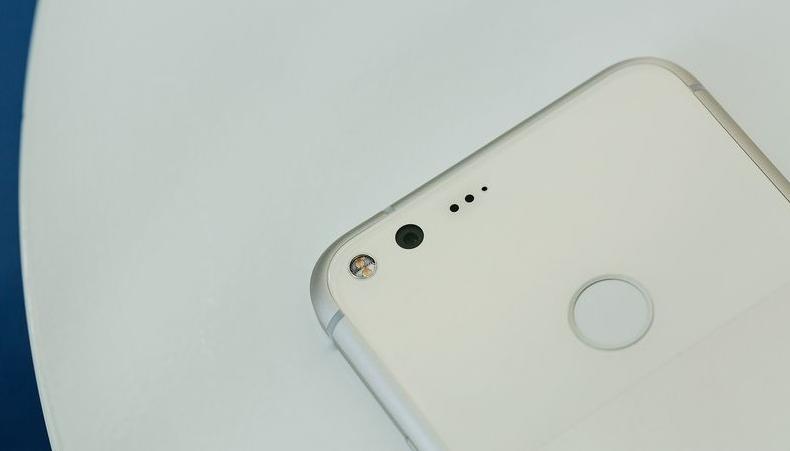 google-pixel-4-zadnyaya-panel